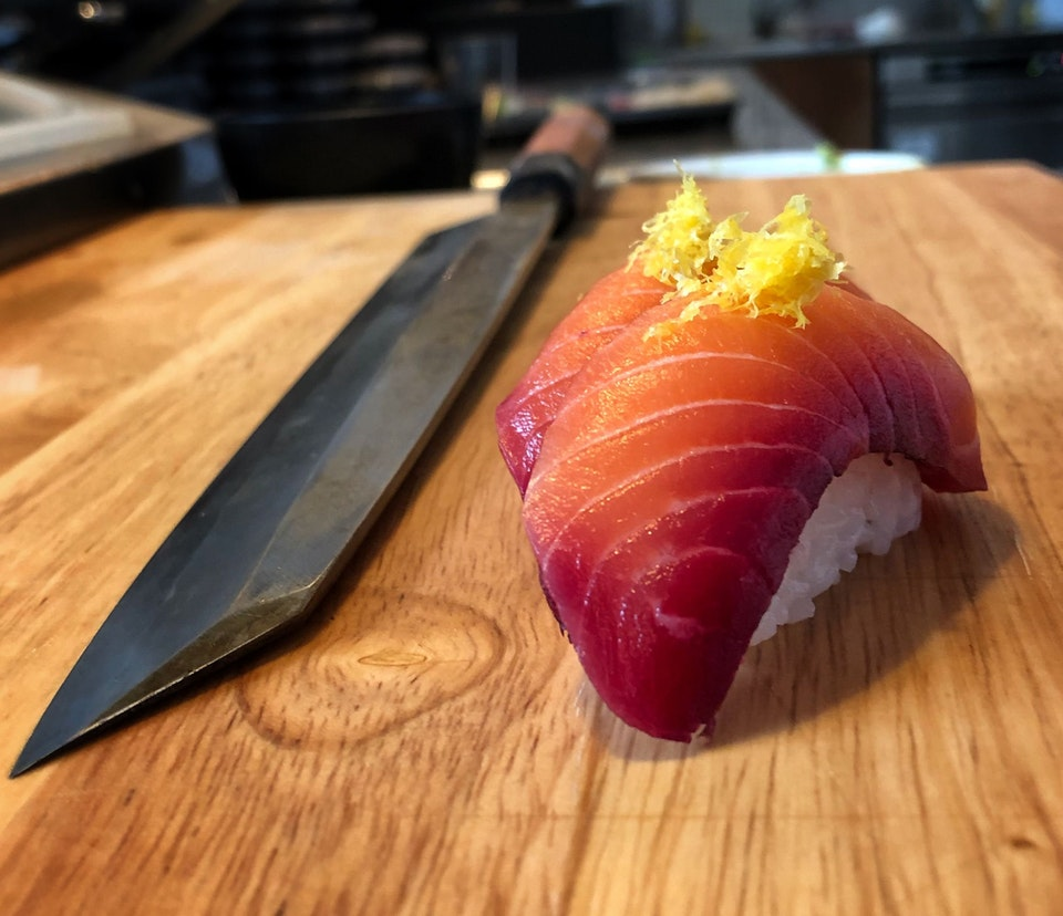 Beet cured salmon nigiri with lemon zest - spastichabits - bit.ly2I0pasi
