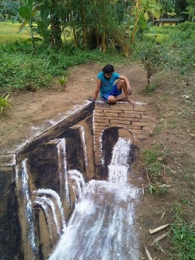 A Sri-Lankan artist drew this with charcoal and flour - CleverD3vil - bit.ly2L7ZhIN