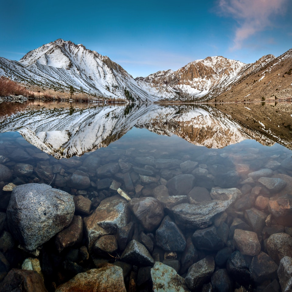 I was lucky to visit Convict Lake, at the Eastern Sierras - salamonty - bit.ly2Poig51