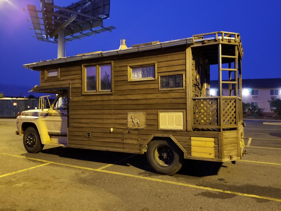 This motor home is an actual home with a porch - PenguinOntheRoad - bit.ly2warmto