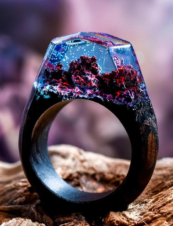 This ring that captures the elements of a coral reef