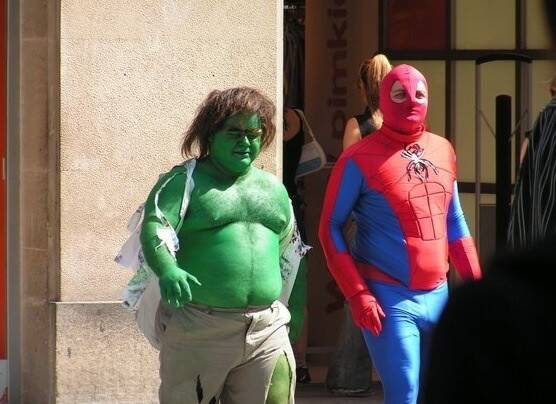 Hulk and Spiderman go for a casual stroll outside of a NYC shopping mall